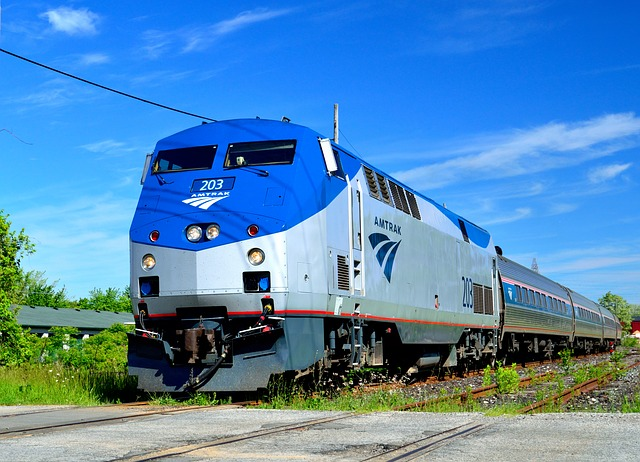 how to move cheap using amtrak a budget friendly guide dolly blog