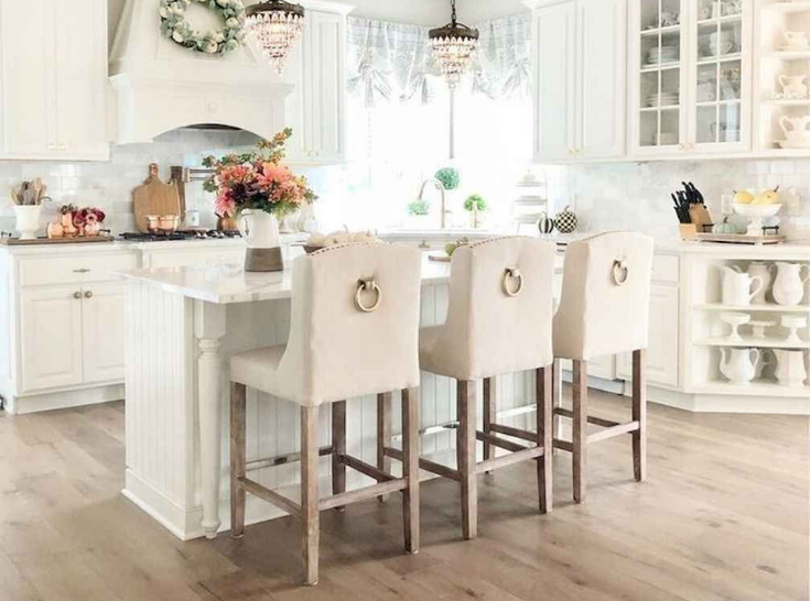 French Country Cushioned Kitchen Furnishing